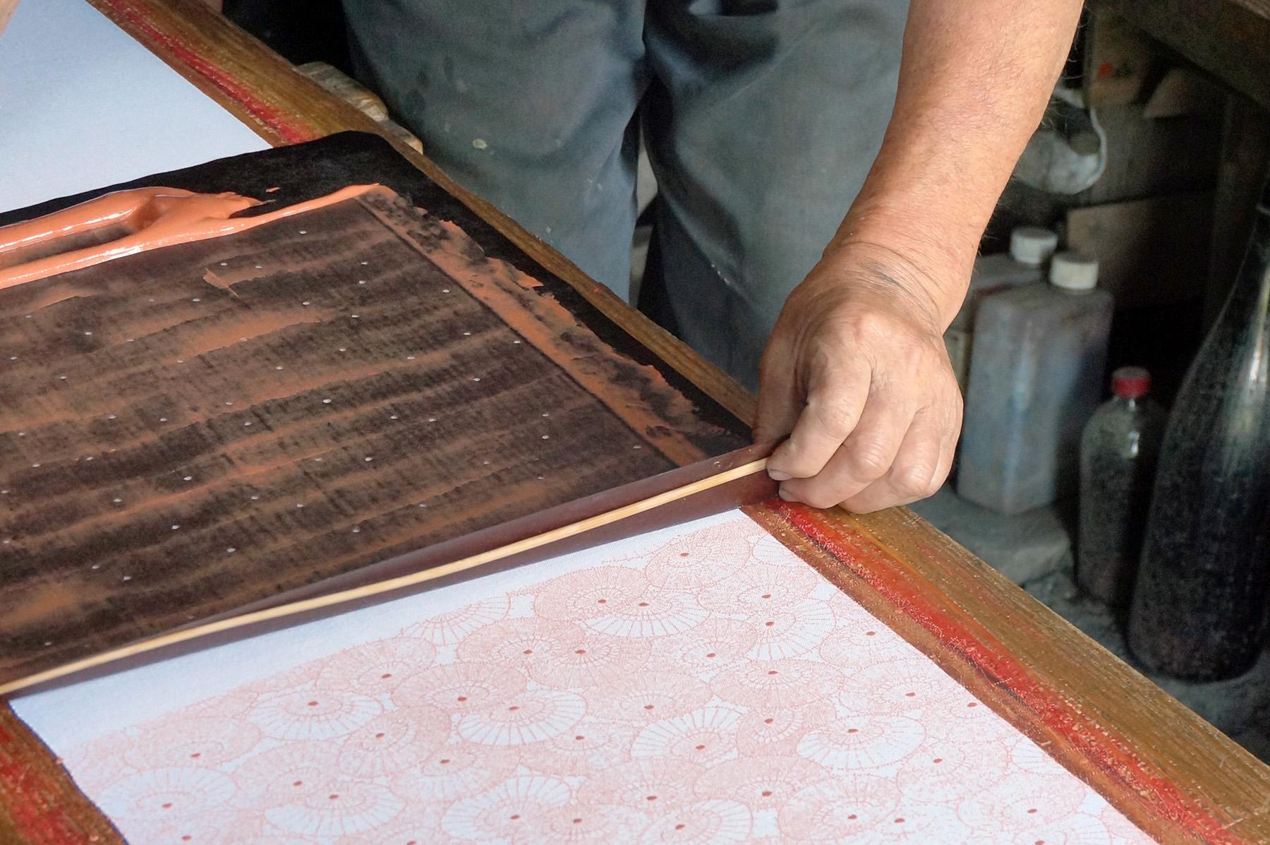 katagami japon artisan pochoir