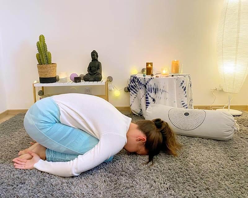 séance yin yoga balasana